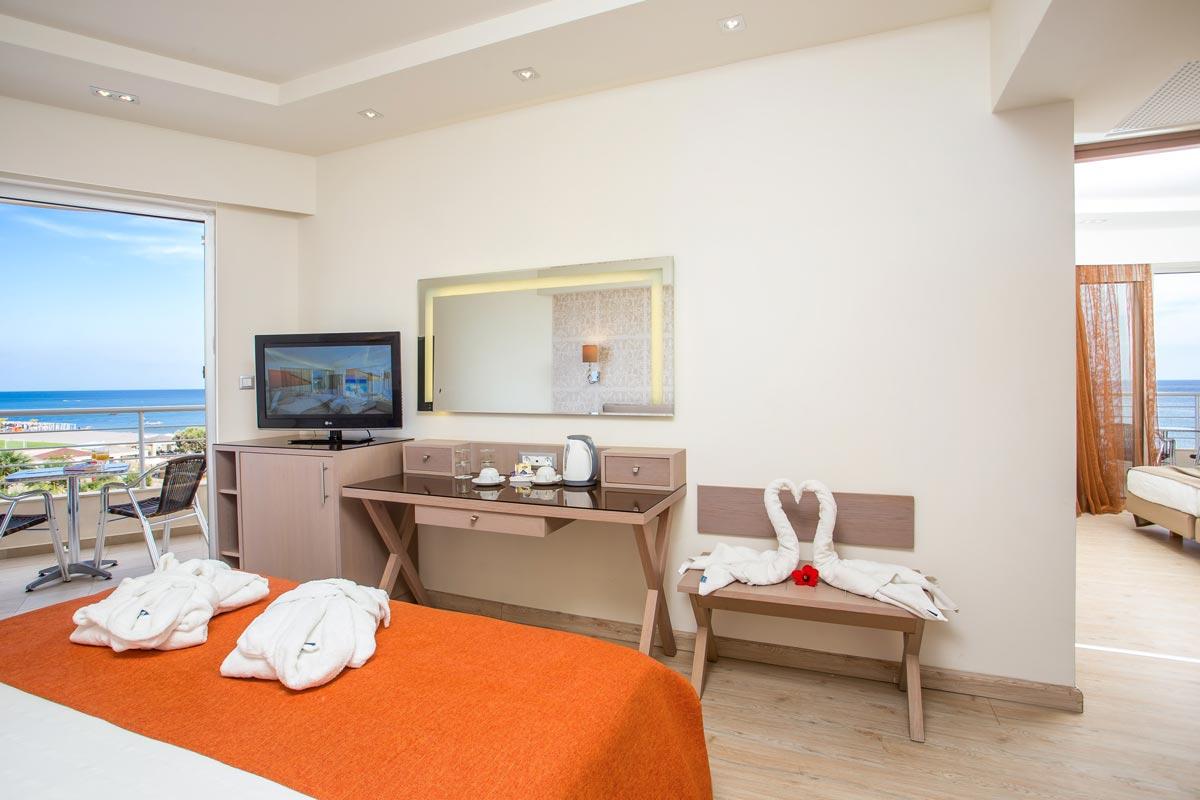 Pegasos Deluxe Beach Hotel - Family Deluxe Room