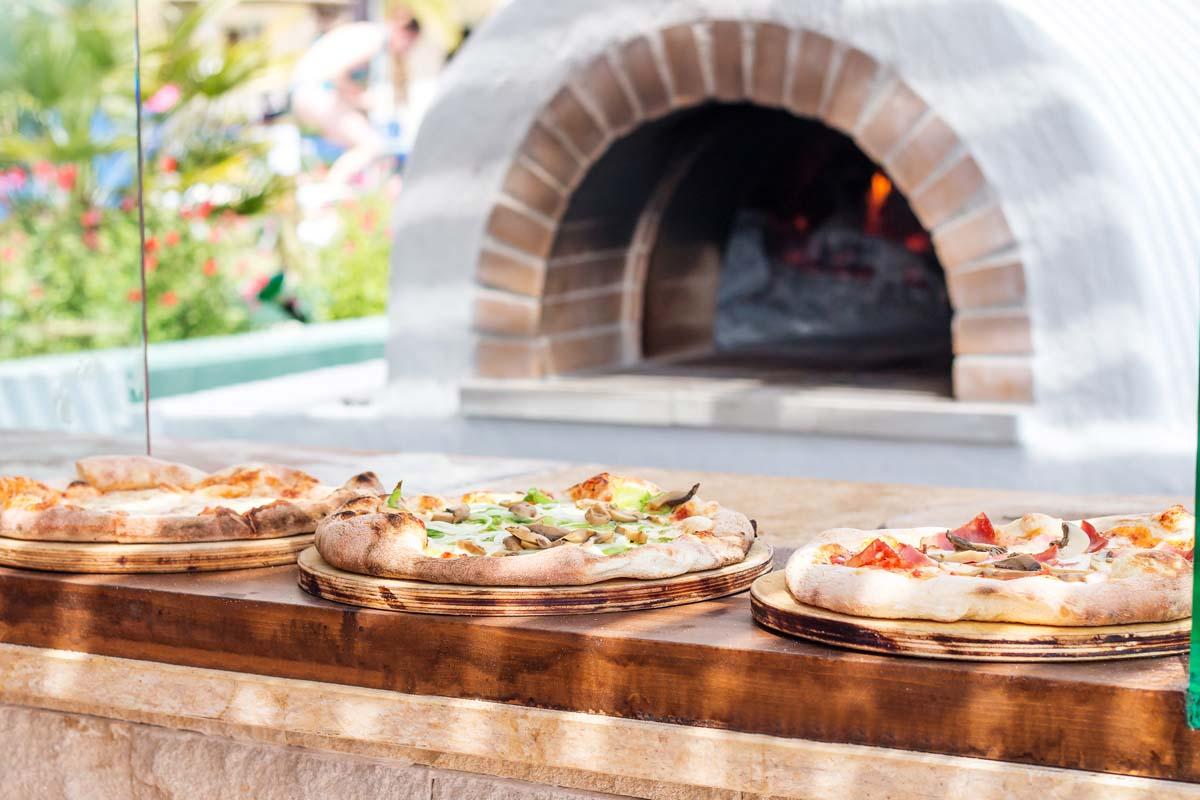 Pegasos Deluxe Beach Hotel - Pizza