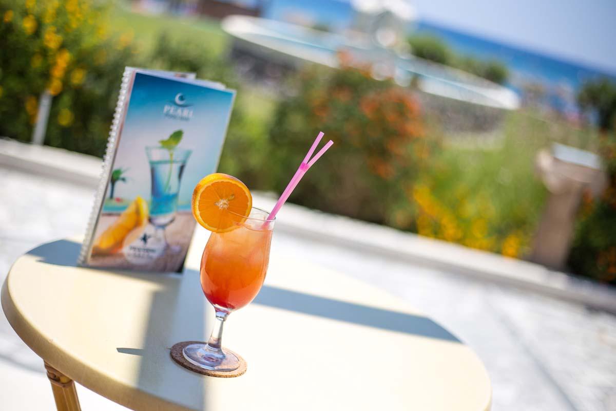 Pegasos Deluxe Beach Hotel - Pool Bar