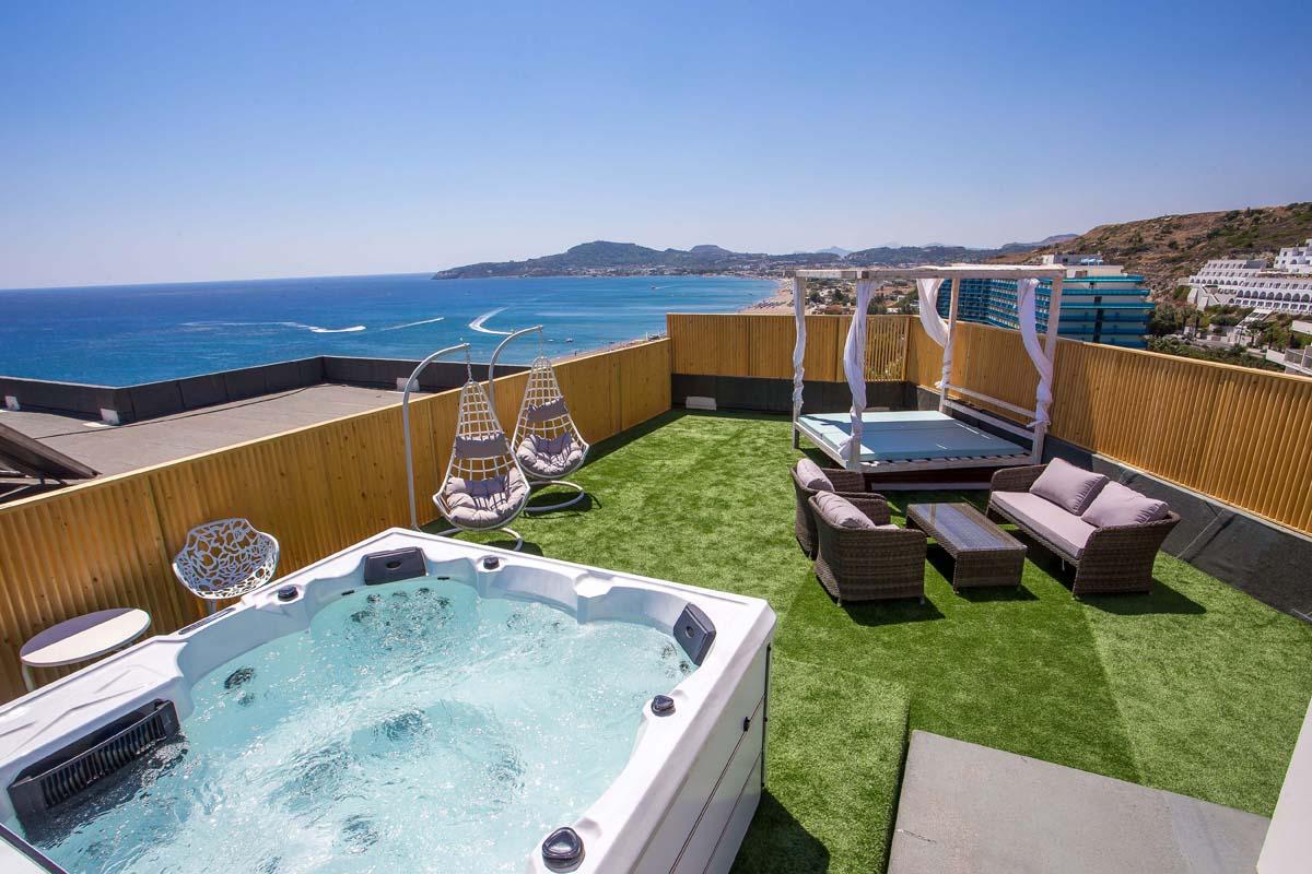 Pegasos Deluxe Beach Hotel - Sky Room