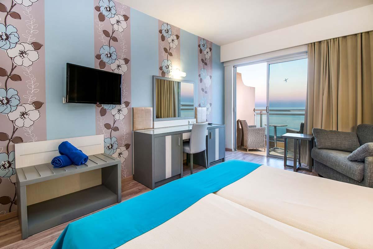 Pegasos Deluxe Beach Hotel - Superior SV